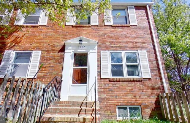 1307 WAYNE STREET - 1307 Wayne Street, Alexandria, VA 22301