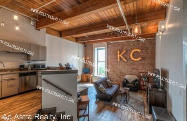 308 W 8th St., Apt 310 - 308 West 8th Street, Kansas City, MO 64105