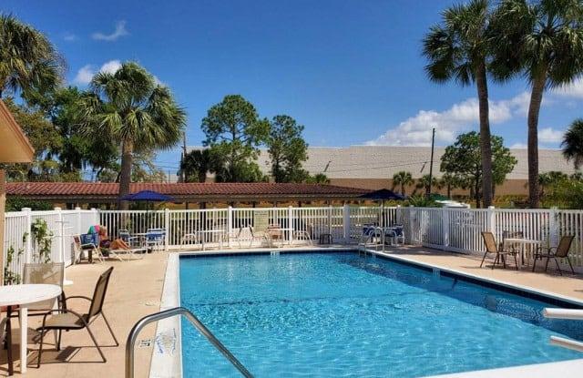 Cypress Place - 825 Cypress St, Tarpon Springs, FL 34689