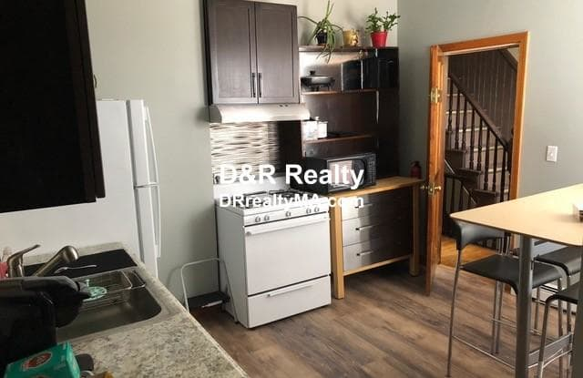 464 Somerville Ave. - 464 Somerville Avenue, Somerville, MA 02143