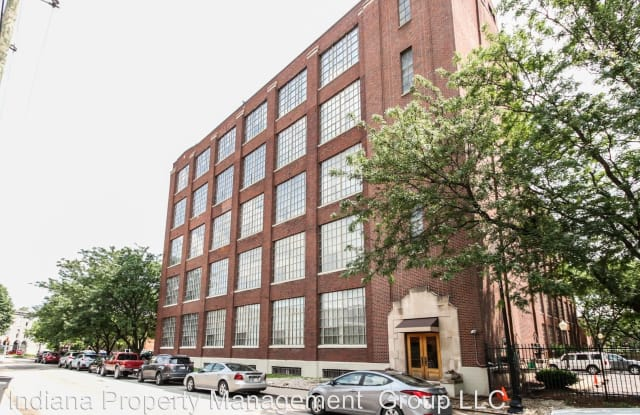 Real Silk Lofts - 611 N Park Ave, Indianapolis, IN 46204