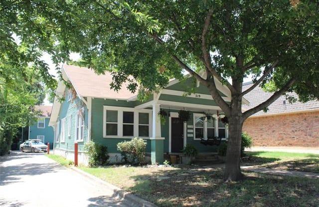 219 Bryan Street - 219 Bryan Street, Denton, TX 76201