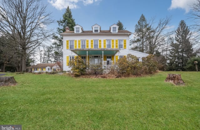 210 COUNTRY CLUB ROAD - 210 Country Club Road, Chester County, PA 19460