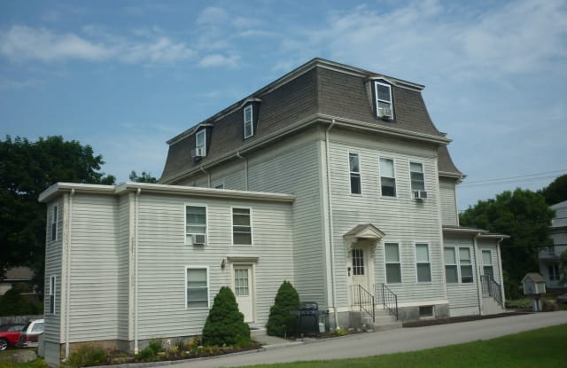 108 North Main St Apt 4 - 108 North Main Street, Worcester County, MA 01569