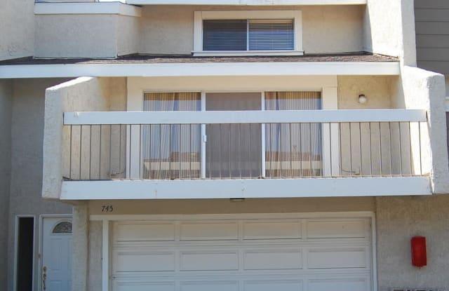 745 Warwick Avenue - 745 Warwick Avenue, Thousand Oaks, CA 91360