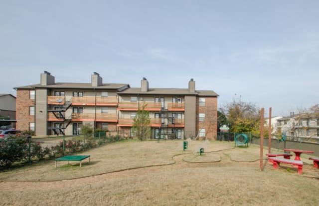 Brookside Apartments - 2505 Thomason Circle, Arlington, TX 76006