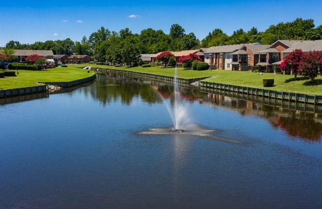 Holly Point Apartments - 2540 Holly Point Blvd, Chesapeake, VA 23325