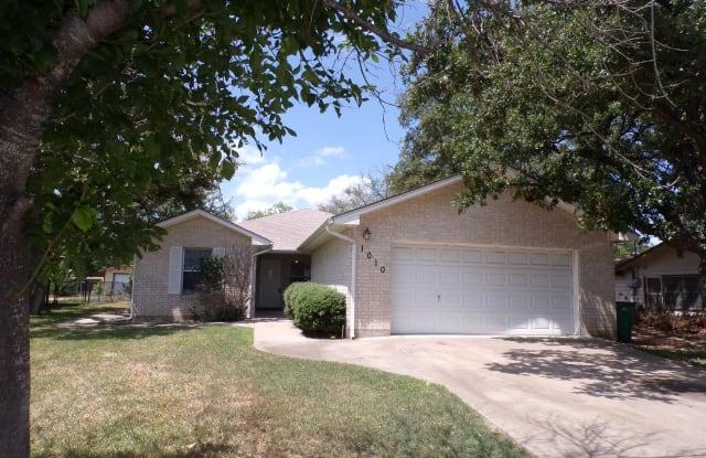 1010 Highland - 1010 Highland Drive, Highland Haven, TX 78654