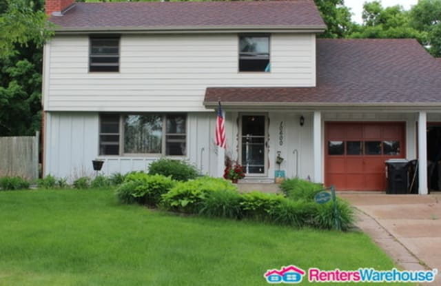 10600 Riverview Plaza North West - 10600 Riverview Pl NW, Coon Rapids, MN 55433