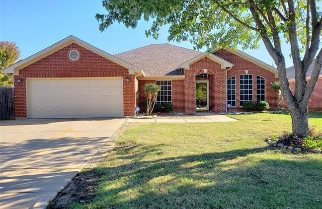 1704 Coastline Lane - 1704 Coastline Drive, Mansfield, TX 76063