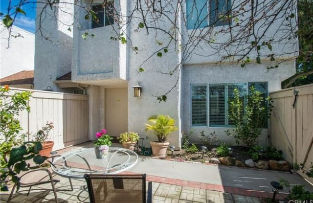 10420 Zelzah Avenue #a - 10420 Zelzah Avenue, Los Angeles, CA 91325