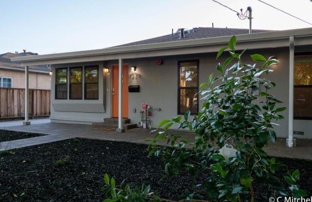 1239 Madera AVE - 1239 Madera Avenue, Menlo Park, CA 94025
