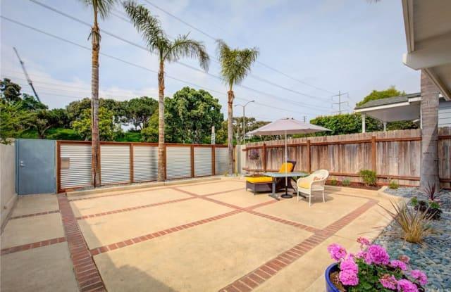 554 Rosecrans Avenue - 554 Rosecrans Ave, Manhattan Beach, CA 90266
