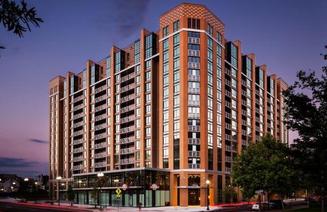 Virginia Square Towers - 3444 Fairfax Dr, Arlington, VA 22201