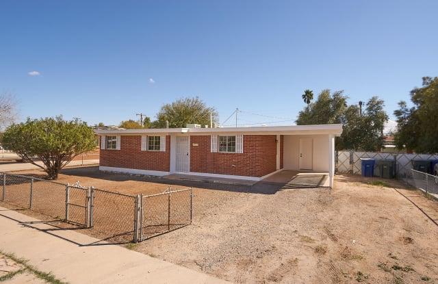 6508 E 42nd Street - 6508 East 42nd Street, Tucson, AZ 85730