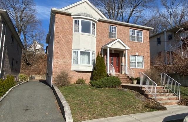 185 Van Winkle St - 185 Van Winkle Street, East Rutherford, NJ 07073