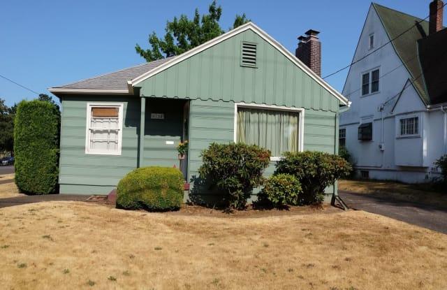 6734 N Greeley Ave - 6734 North Greeley Avenue, Portland, OR 97217