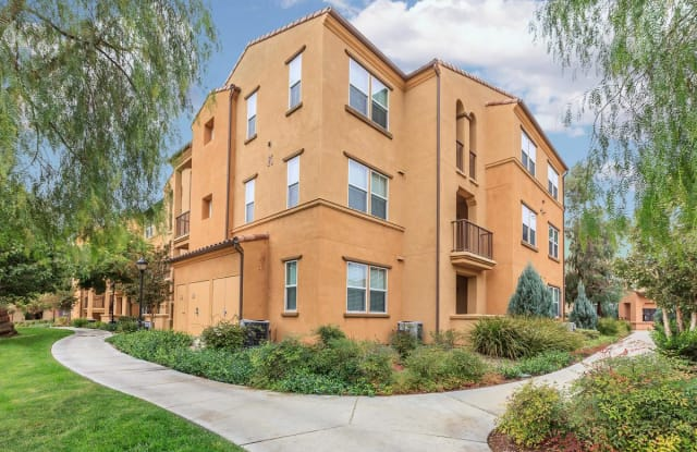 College Park Apartment Homes - 250 N College Park Dr, Upland, CA 91786