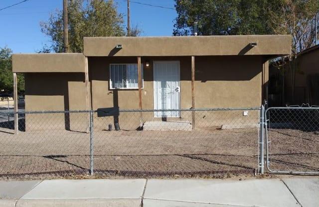 1900 Arno St SE - 1900 Arno Street Southeast, Albuquerque, NM 87102