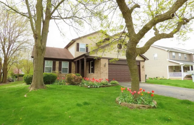 341 Wooded Knoll Drive - 341 Wooded Knoll Drive, Cary, IL 60013