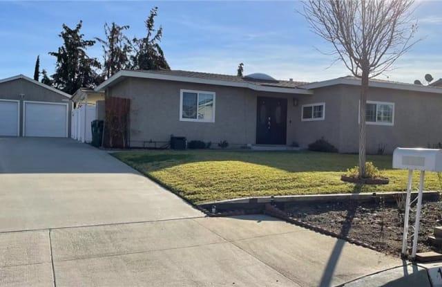 1122 N Walnut Avenue - 1122 North Walnut Avenue, San Dimas, CA 91773