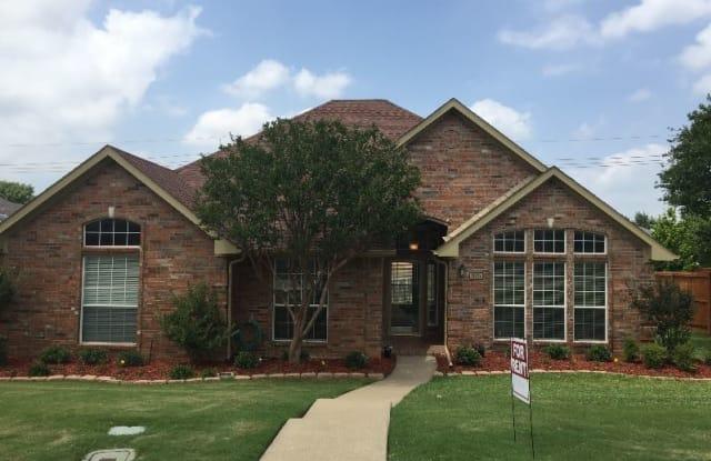 925 Royal Oaks Dr - 925 Royal Oaks Drive, Lewisville, TX 75067