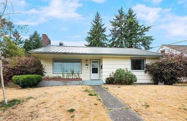 752 S Monroe St - 752 South Monroe Street, Tacoma, WA 98405