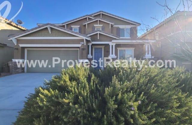 13171 La Crescenta Avenue - 13171 La Crescenta Street, Hesperia, CA 92344