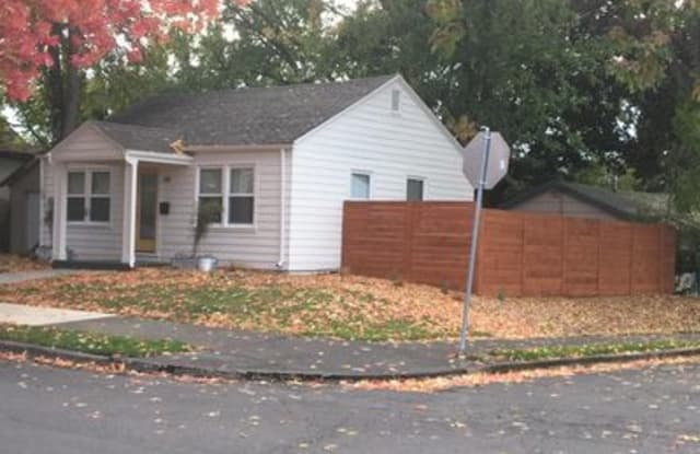 719 Northeast Bryant Street - 719 Northeast Bryant Street, Portland, OR 97211
