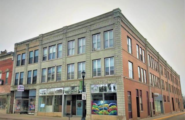 15 East Main Street #14 - 15 West Main Street, Platteville, WI 53818