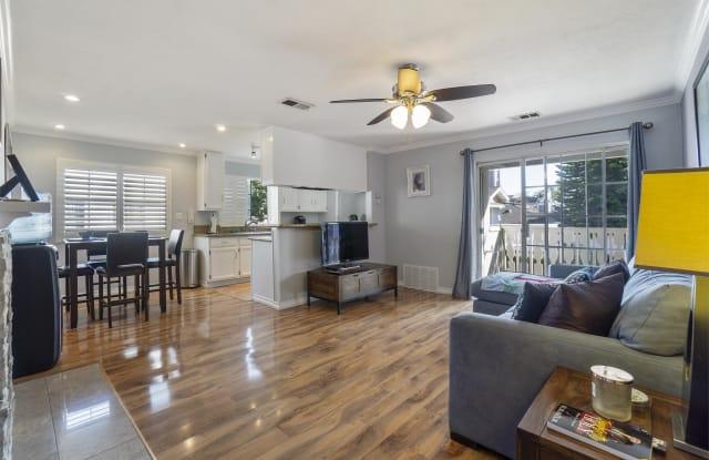7821 Essex Drive, 103 - 7821 Essex Drive, Huntington Beach, CA 92648