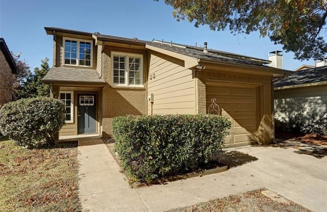 213 Mccarley Place - 213 Mc Carley Place, McKinney, TX 75071