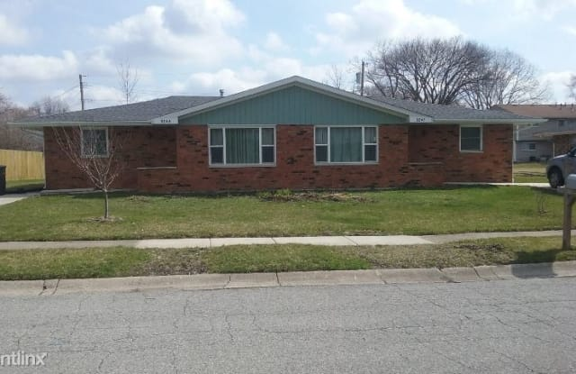 3245 Whittier St - 3245 Whittier St, Portage, IN 46368