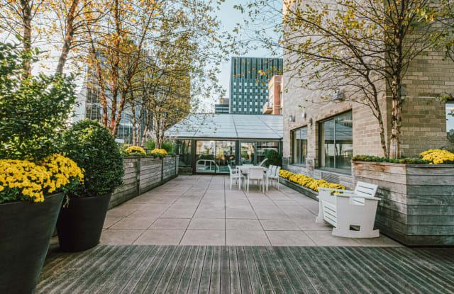 Murray Hill Tower - 245 E 40th St, New York, NY 10016