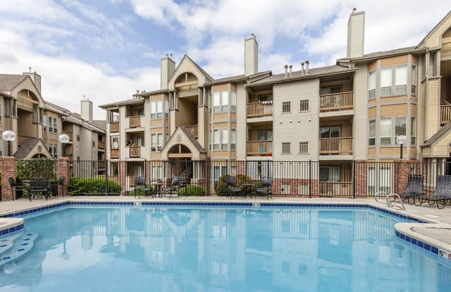 Dartmouth Woods - 10025 W Dartmouth Ave, Lakewood, CO 80227