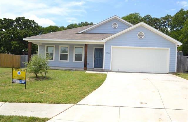 1704 Post Oak Court - 1704 Post Oak Court, Denton, TX 76209