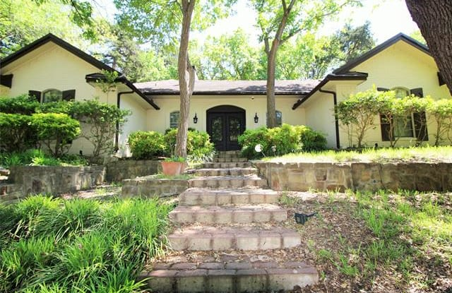 932 Sleepy Hollow Drive - 932 Sleepy Hollow Drive, Cedar Hill, TX 75104