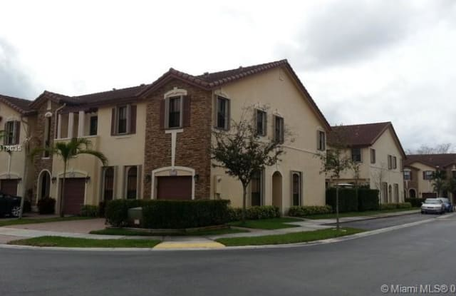 3252 NW 103rd Pl - 3252 Northwest 103rd Place, Doral, FL 33172