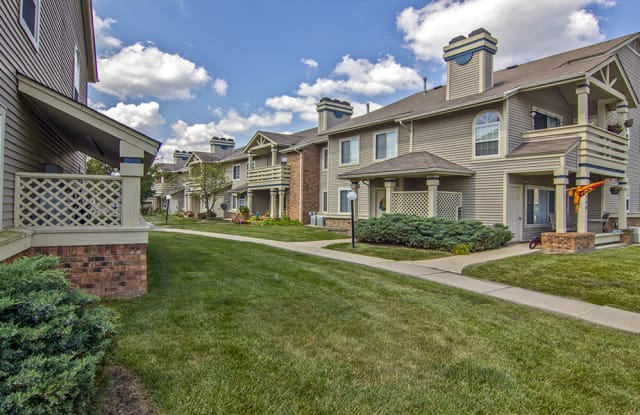 Perry's Crossing Apartments - 1000 Valley Bluff Dr, Perrysburg, OH 43551