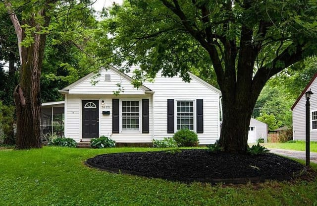 5625 Rosslyn Ave - 5625 Rosslyn Avenue, Indianapolis, IN 46220