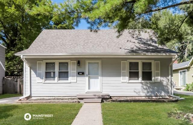 7712 Oak Street - 7712 Oak Street, Kansas City, MO 64114