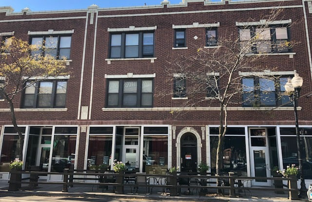 4620 N Lincoln Ave - 4620 North Lincoln Avenue, Chicago, IL 60625