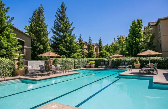Rolling Oaks - 3700 Lyon Rd, Fairfield, CA 94534