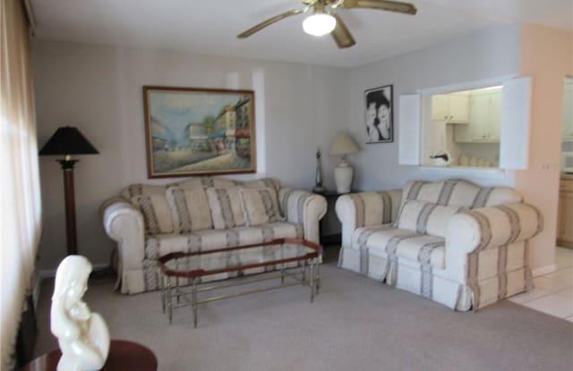 172 Oakridge L - 172 Oakridge R, Deerfield Beach, FL 33442
