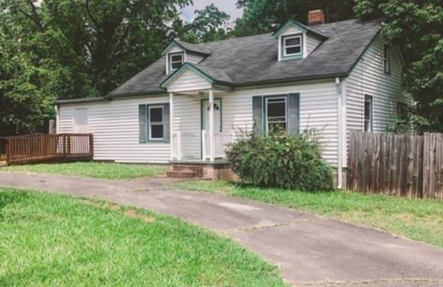 501 Franklin Blvd - 501 Franklin Boulevard, Greensboro, NC 27401
