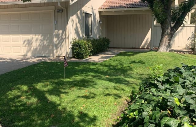 Nice Condo Located In Well Maintained Complex - 339 Acacia St, Tracy, CA 95376