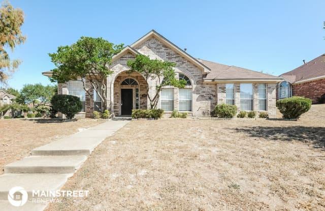 700 Brees Drive - 700 Brees Drive, DeSoto, TX 75115