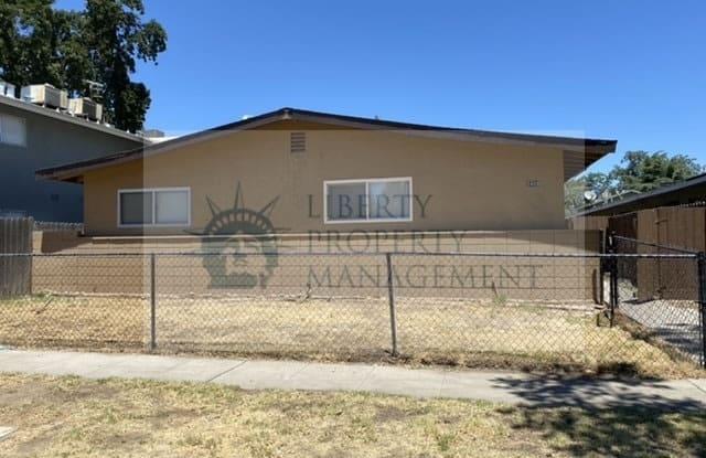 1409 East Cambridge Avenue - 1409 East Cambridge Avenue, Fresno, CA 93704