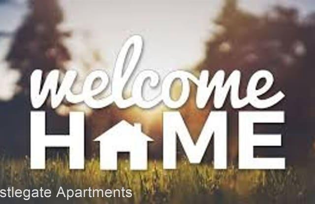 Castlegate Apartments - 14615 Northeast Rose Parkway, Portland, OR 97230
