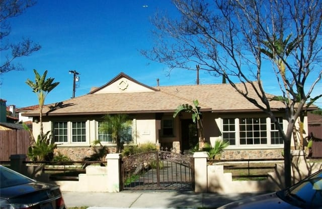 19221 Oxnard Street - 19221 W Oxnard St, Los Angeles, CA 91356